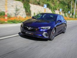 性能表现与行驶品质的平衡 试驾君威GS
