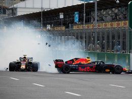 巴库F1 满地碳纤维碎片与车手破碎的心